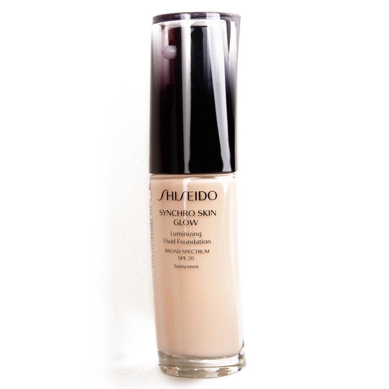 Shiseido Neutral 1 Synchro Skin Glow Luminizing Liquid Foundation SPF 20