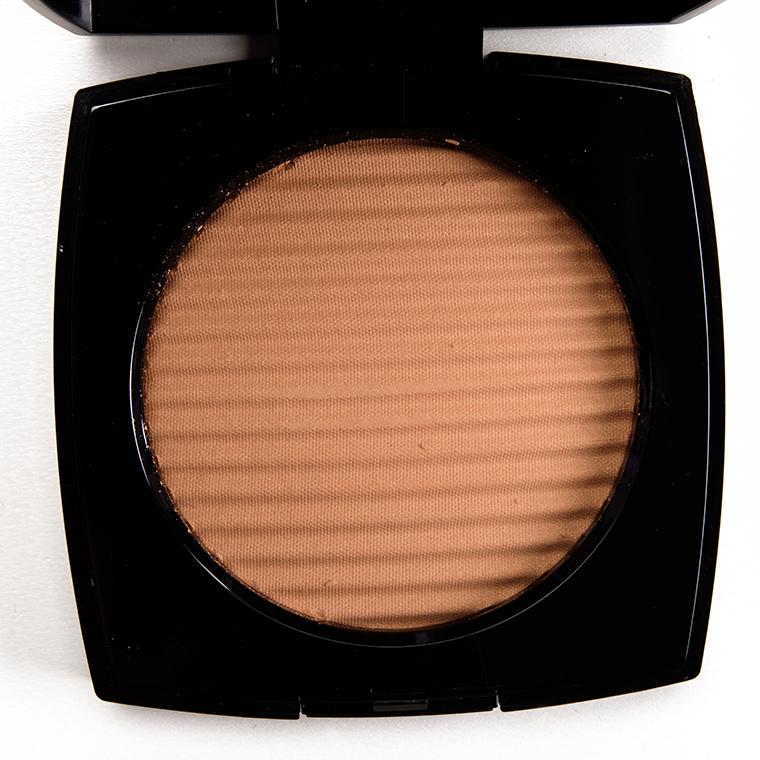 efc85c6b277 Chanel Medium Les Beiges Healthy Glow Luminous Colour Review