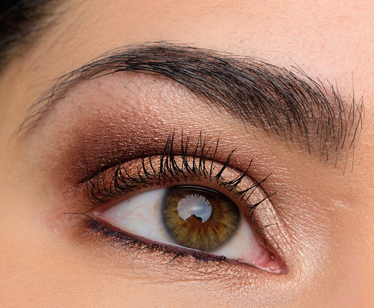 a neutral look with chanel ombre premiere cream eyeshadows