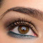 A Gold & Teal Eye | Look Details