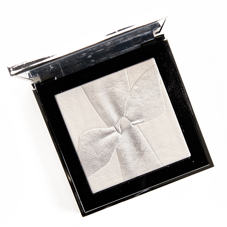 Burberry Silver Shimmer Illuminating Powder