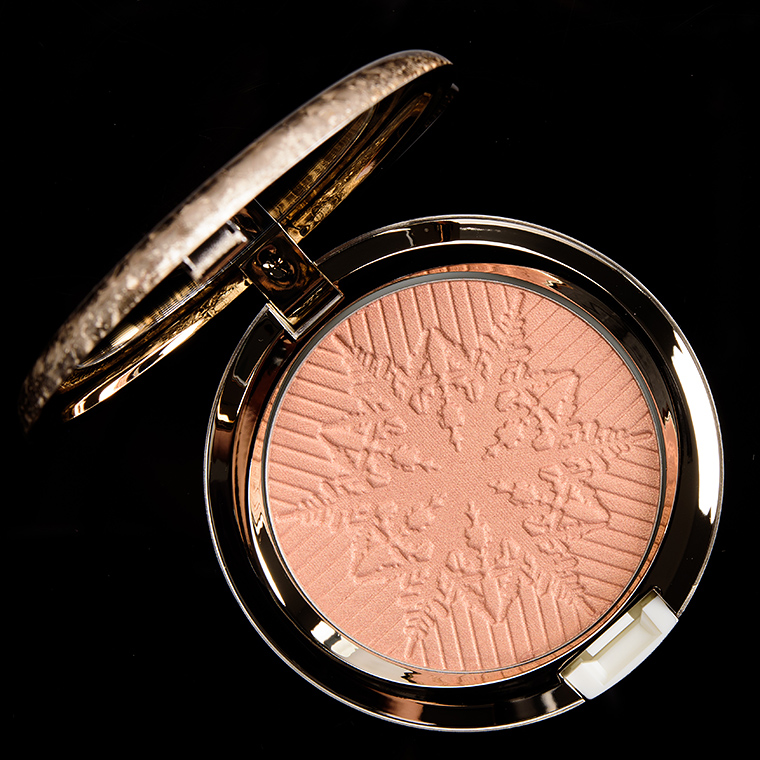 MAC Here Comes Joy Opalescent Highlighter