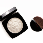Chanel Or Blanc Le Signe du Lion Illuminating Powder