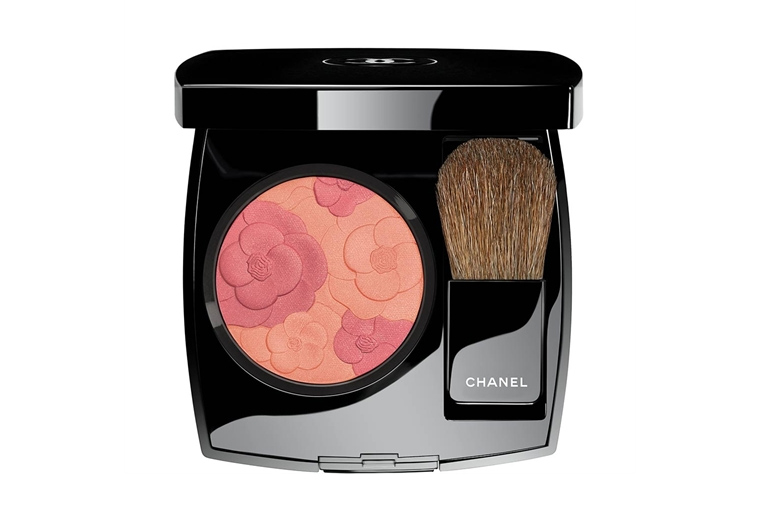 Chanel Camelia Peche Jardin de Chanel Blush for Holiday 2017