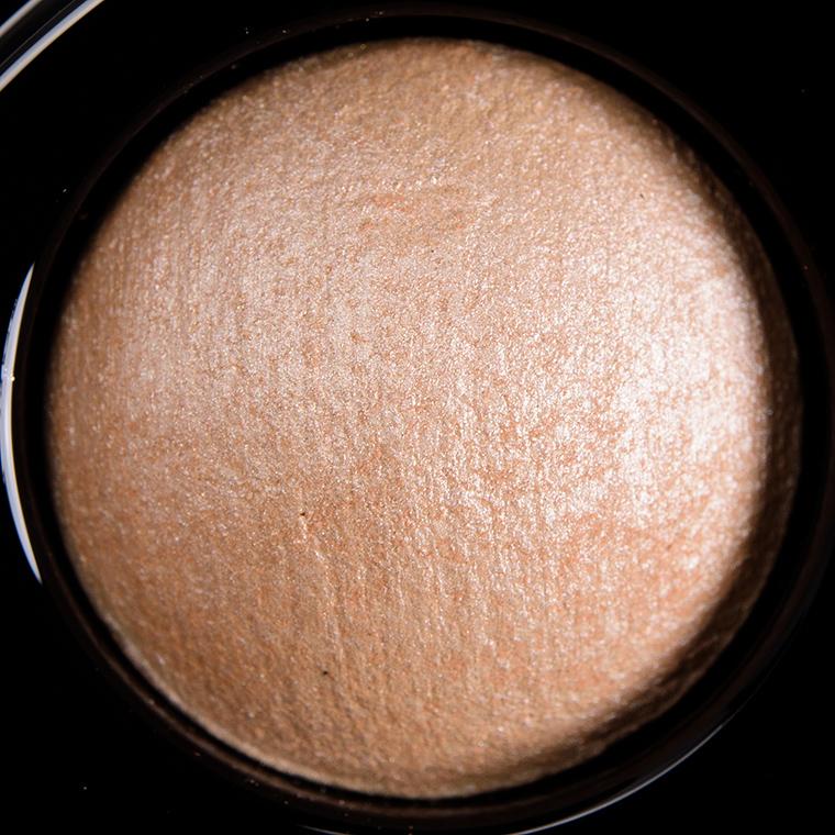 MAC Nano Nude Mineralize Eyeshadow