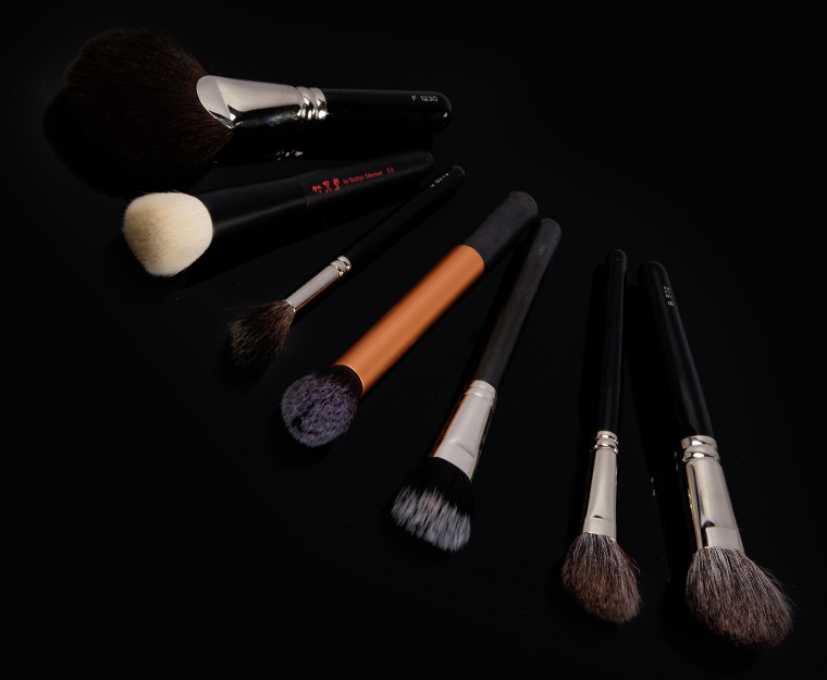 Best Makeup Brushes for Applying Finishing & Contour