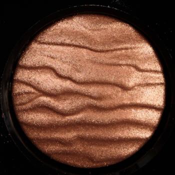 chanel Éclat Énigmatique 3 001 product 350x350 - Chanel Éclat-Énigmatique Eyeshadow Quad Review, Photos, Swatches