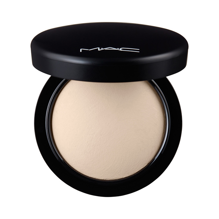 MAC Light Mineralize Skinfinish Natural