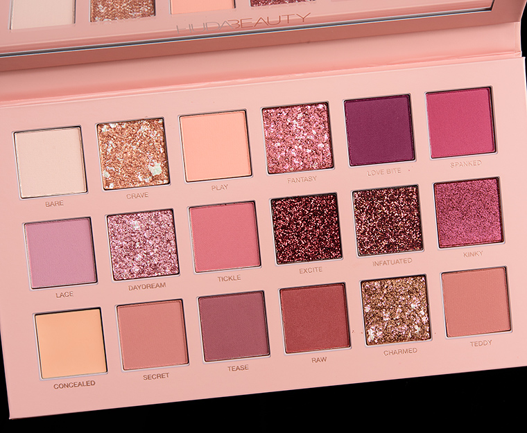 Huda Beauty New Nudes Eyeshadow Palette