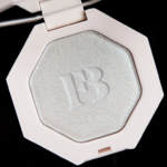 Fenty Beauty Chillz Killawatt Freestyle Highlighter