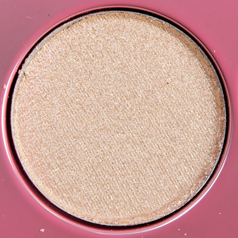 MAC Dust Off Eyeshadow