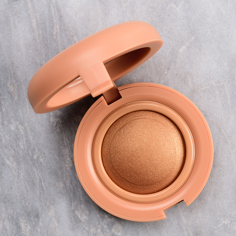 Kaja Beauty Stardust Mochi Glow Bouncy Blendable Highlighter Reviews & Swatches