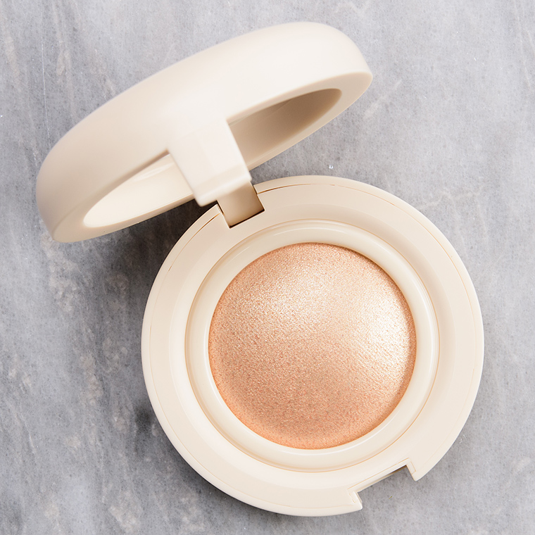 Kaja Beauty Toy Alien Mochi Glow Bouncy Blendable Highlighter Reviews & Swatches