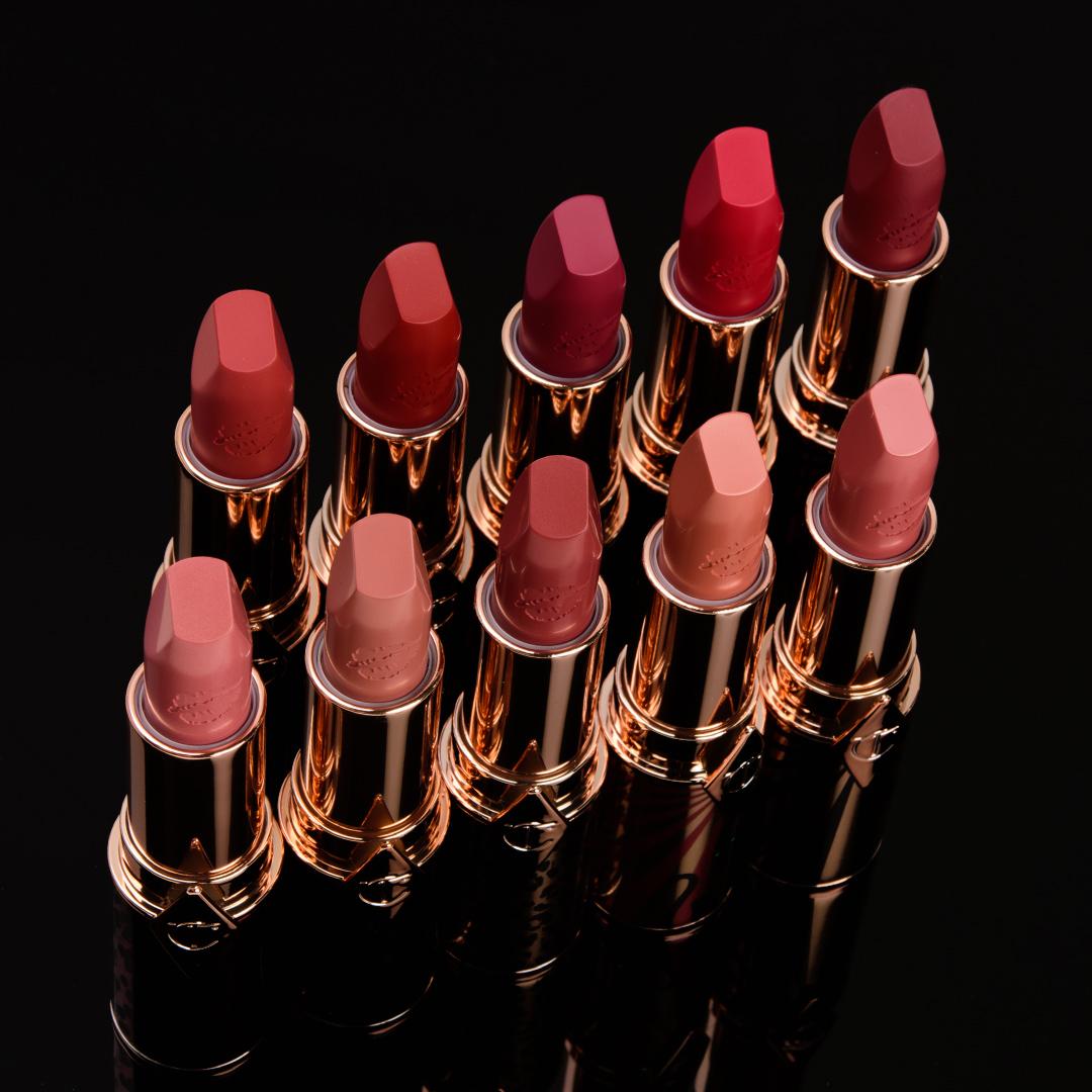 Charlotte Tilbury Hot Lips 2 Lipsticks Swatches