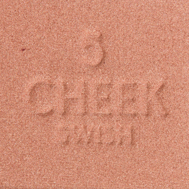 Charlotte Tilbury Gorgeous Glowing Beauty #5 Cheek to Chic Blusher