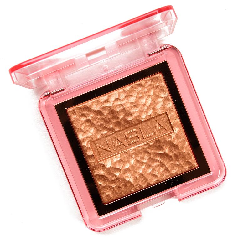 NABLA Cosmetics Lucent Jungle Skin Glazing Highlighter Powder
