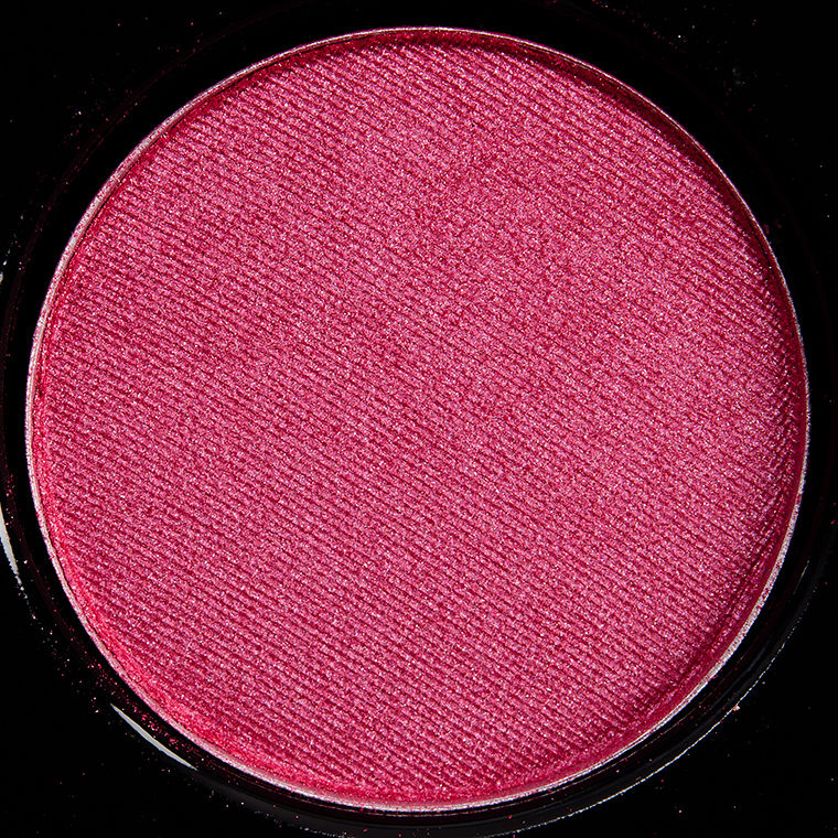 MAC Captive Heart Eyeshadow
