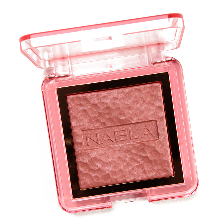 NABLA Cosmetics Independence Skin Glazing Highlighter Powder