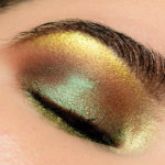 Clionadh Verte Deep Iridescent Multichrome Eyeshadow