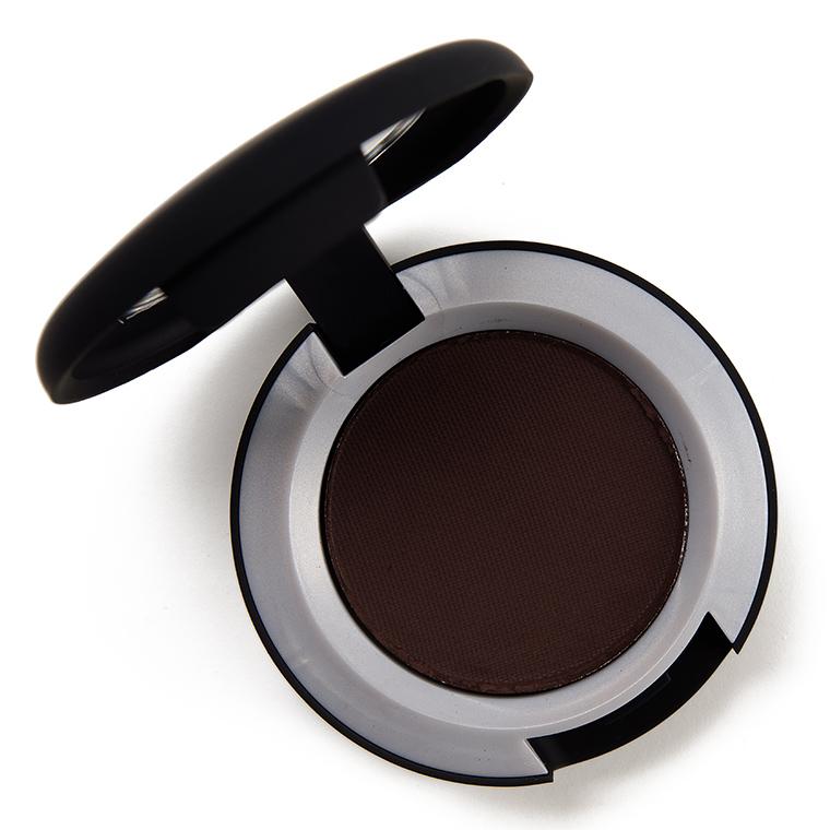 MAC Give a Glam Powder Kiss Soft Matte Eyeshadow