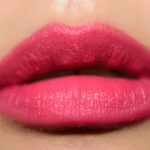 MAC Model Off-Duty Powder Kiss Liquid Lipcolour