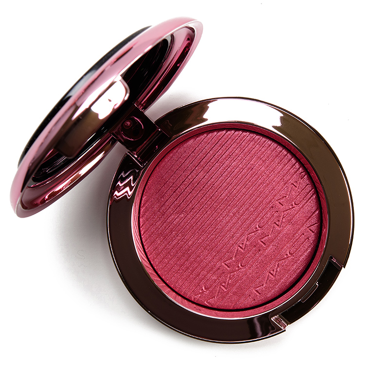 MAC Under My Plum Extra Dimension Blush