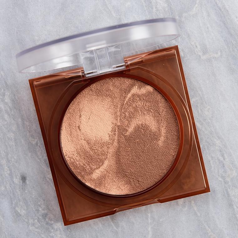 Huda Beauty Tan-Light GloWish Bronzer Review & Swatches